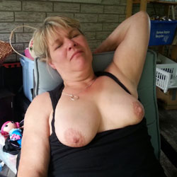 Sexy Heather Top On And Top Off - Big Tits, Blonde, Outdoors, Amateur