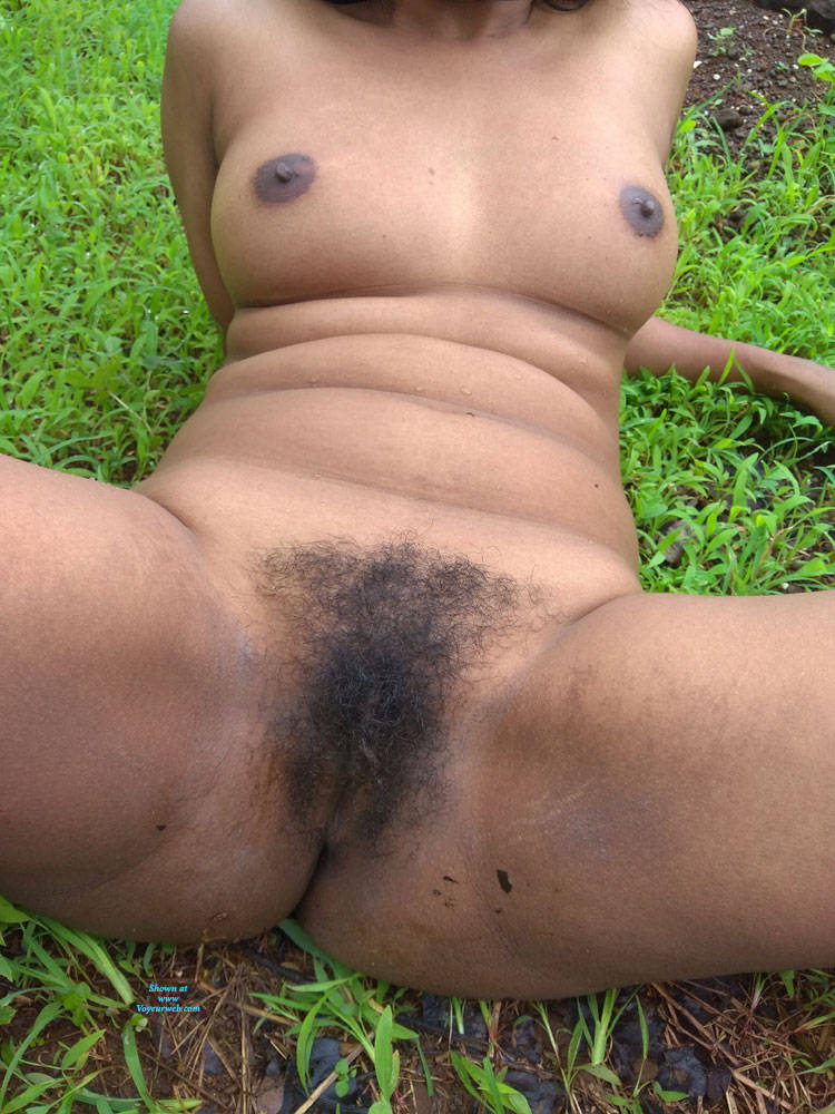 Pic #2 Should I Trim My Sexy Pussy - Nude Amateurs, Big Tits, Outdoors, Bush Or Hairy