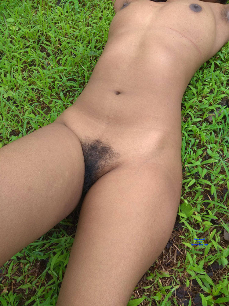 Pic #3 Should I Trim My Sexy Pussy - Nude Amateurs, Big Tits, Outdoors, Bush Or Hairy