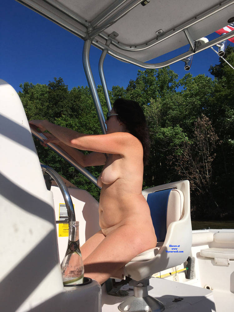 Pic #6 Naked Gun On The Lake - NC  - Nude Girls, Big Tits, Brunette, Outdoors, Amateur