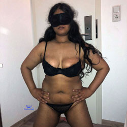 Indian Girl Wants Cuckold - Nude Girls, Big Tits, Brunette, Lingerie, European And/or Ethnic, Amateur