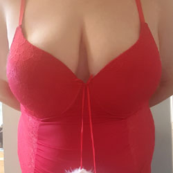 Christmas In July - Big Tits, Amateur