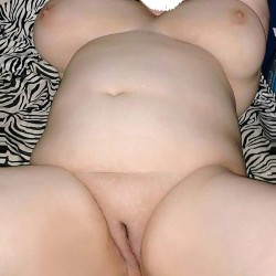 Very large tits of my room mate - Roomates wife