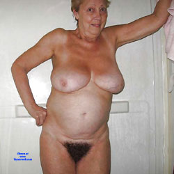 Mes Grosses Mamelles - Nude Amateurs, Big Tits, Mature, Bush Or Hairy