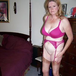 Wife Kathie Home From Work New Jersey - Wives In Lingerie, Amateur, stockings pics