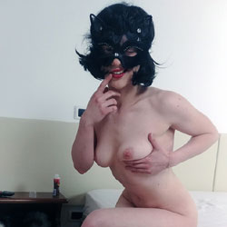 My Girlfriend And I Fuck For The First Time - Nude Girlfriends, Big Tits, Brunette, Amateur