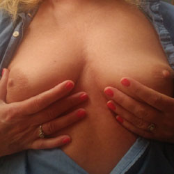 Nice Boobs - Big Tits, Amateur, Wife/Wives