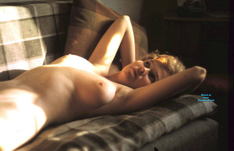 Pic #4 Gita - Nude Girls, Big Tits, Bush Or Hairy, Amateur