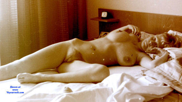 Pic #8 Gita - Nude Girls, Big Tits, Bush Or Hairy, Amateur