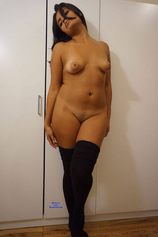 Pic #4 Beautiful Spanish 20 yr old - Nude Girls, Brunette, Amateur