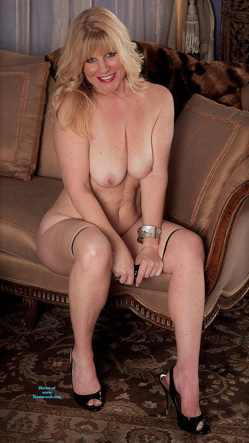 Pic #3 Undressed For Fun - Nude Wives, Big Tits, Blonde, High Heels Amateurs, Mature