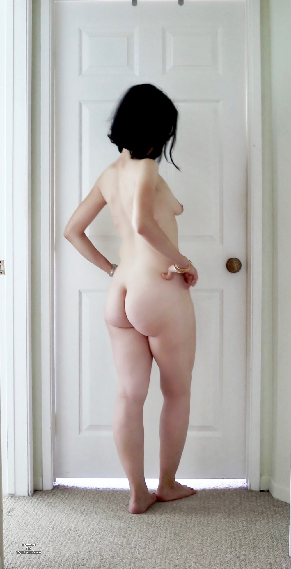 Pic #1 My wife's ass - Viica