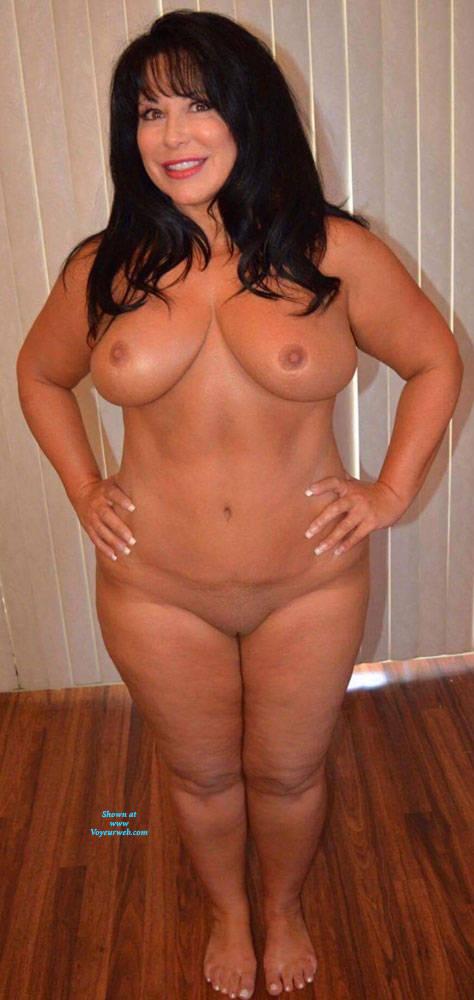 Topless Big Apple Naked Woman Pic