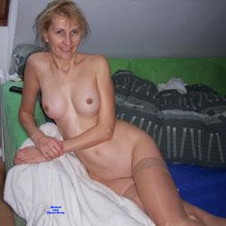 Sexy Amateur Blonde - Nude Girls, Blonde, Shaved, Amateur, Mature