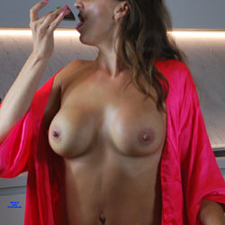 Naughty In The Kitchen - Big Tits, Amateur