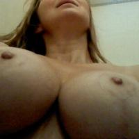 My medium tits - KiaGirl