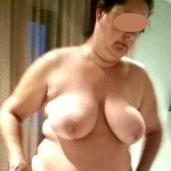 Gordita Desnuda y en Bragitas - BBW, Big Tits, Amateur