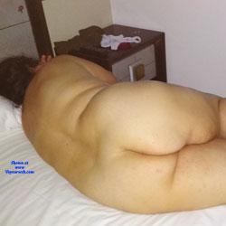 Gordita Desnuda y Dormida en la Cama - Nude Girls, Bbw, Big Tits, Amateur