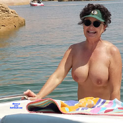 A Day On The Boat With Cub - Nude Girls, Big Tits, Brunette, Mature, Outdoors, Shaved, Amateur