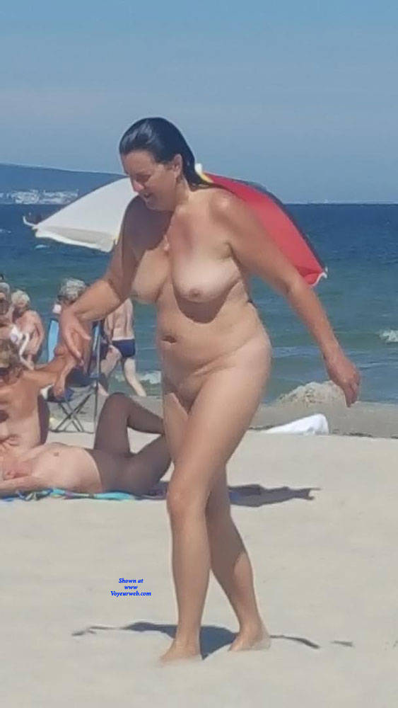Hot Nude Beach Voyeurs Scenes