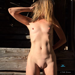 Nirvana Shadows - Nude Wives, Mature, Outdoors, Shaved, Amateur