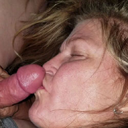 She Wants My Cock In Her Mouth - Blowjob, Amateur
