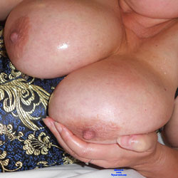 Adelais Tanned And Oiled - Big Tits, Mature, Amateur