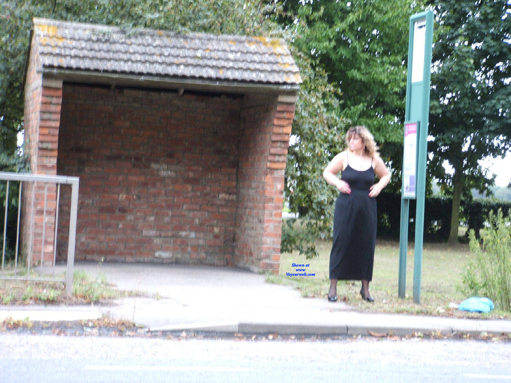 Pic #1 Bus Stop Tease - Big Tits, Public Exhibitionist, Flashing, Outdoors, Public Place, Amateur