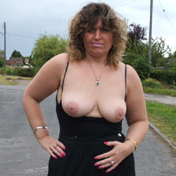 Bus Stop Tease - Big Tits, Public Exhibitionist, Flashing, Outdoors, Public Place, Amateur