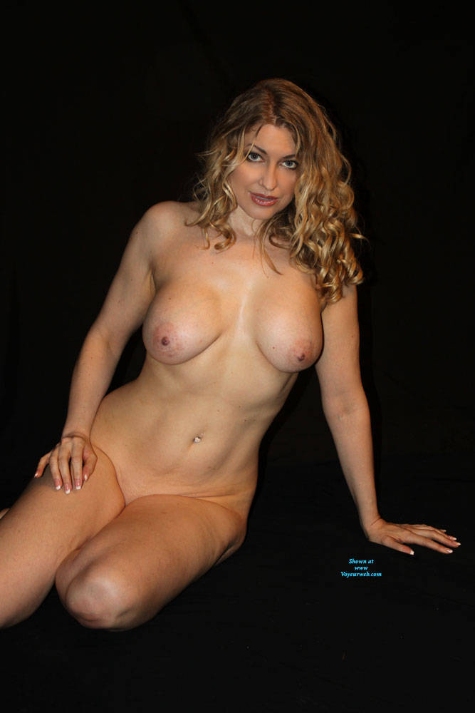 Pic #5 Finally A Contest I Might Stand A Chance In!! - Nude Girls, Big Tits, Mature, Shaved, Amateur, Milf