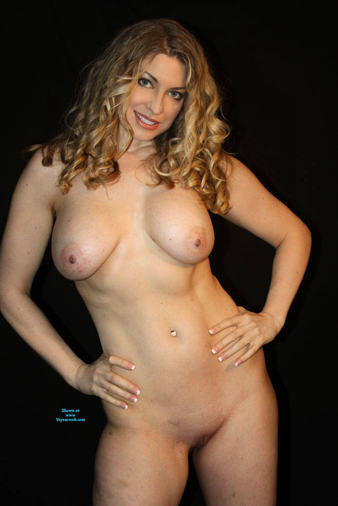 Pic #6 Finally A Contest I Might Stand A Chance In!! - Nude Girls, Big Tits, Mature, Shaved, Amateur, Milf