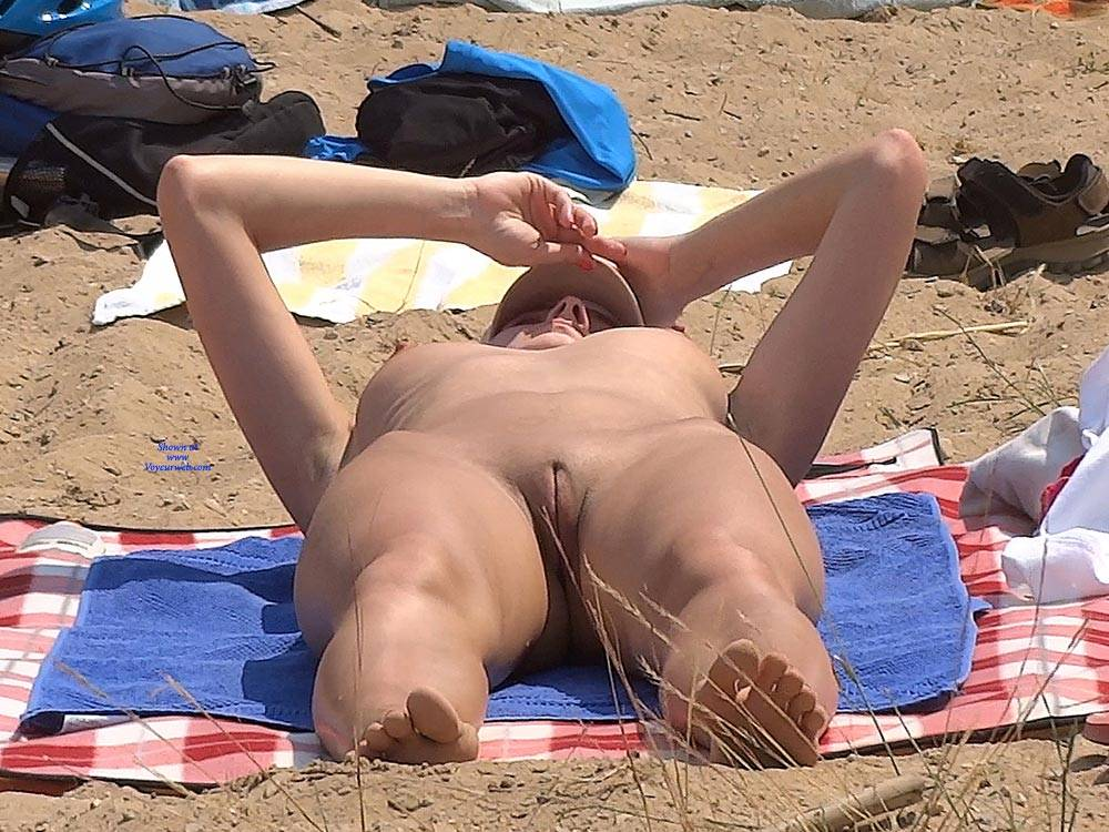 Can lonely girl on nude beach suggest you