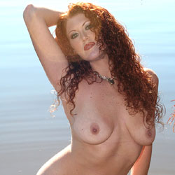 Milf Shoreline Sun - Big Tits, Mature, Nude Outdoors, Redhead, Naked Girl, Amateur , Red Hair, Natural Tits, Firm Ass, Shaved Pussy, Piercing, Beach.
