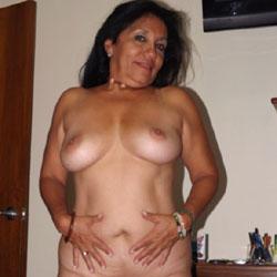 Chicas Varias - Nude Girlfriends, Big Tits, Brunette, High Heels Amateurs