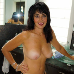 Definition Of MILF? - Nude Girls, Big Tits, Brunette, Mature, Amateur