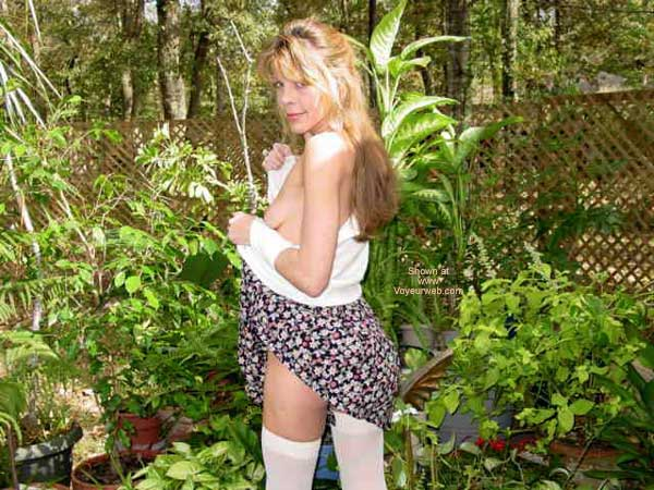 Pic #4 - Short Skirt On A Windy Day....