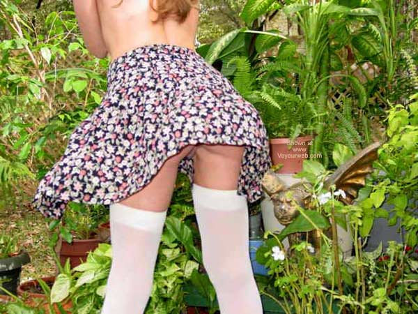 Pic #6 - Short Skirt On A Windy Day....
