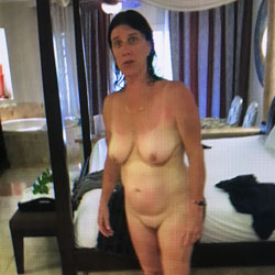 Wife - Nude Wives, Big Tits, Mature, Amateur