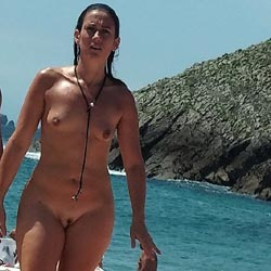 Some Girls From North Of Spain Beach - Nude Girls, Beach, Big Tits, Outdoors, Beach Voyeur
