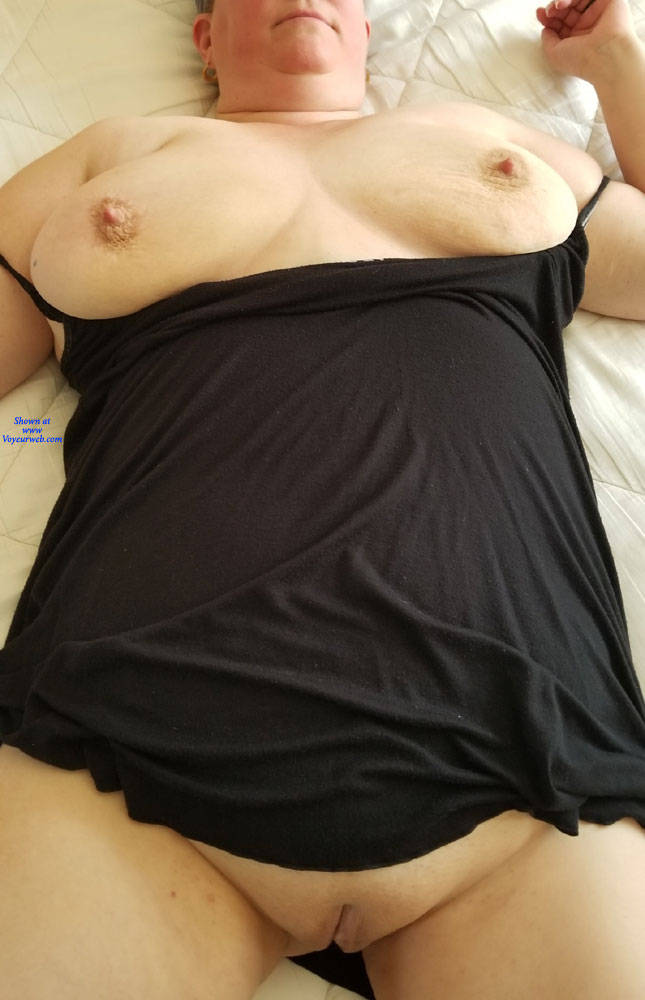 Pic #3 My Jiggly Wife Nude - Nude Wives, Big Tits, Shaved, Amateur