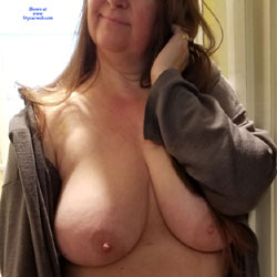 My Jiggly Wife Nude - Nude Wives, Big Tits, Shaved, Amateur
