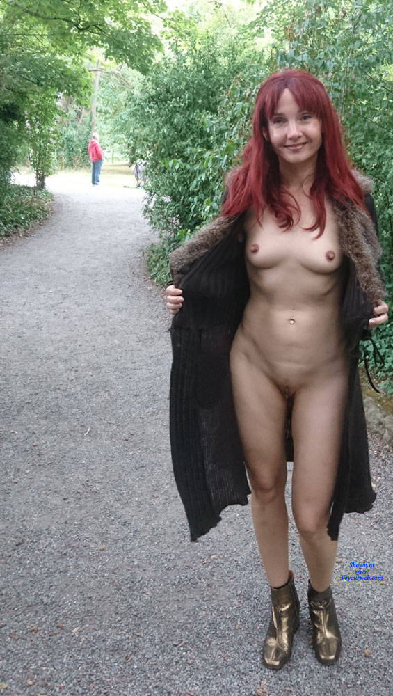 Pic #2 Happy Park - Public Exhibitionist, Flashing, Outdoors, Public Place, Redhead, Shaved, Amateur