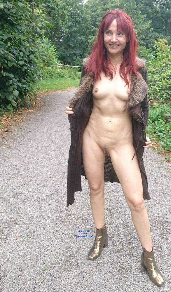 Pic #5 Happy Park - Public Exhibitionist, Flashing, Outdoors, Public Place, Redhead, Shaved, Amateur