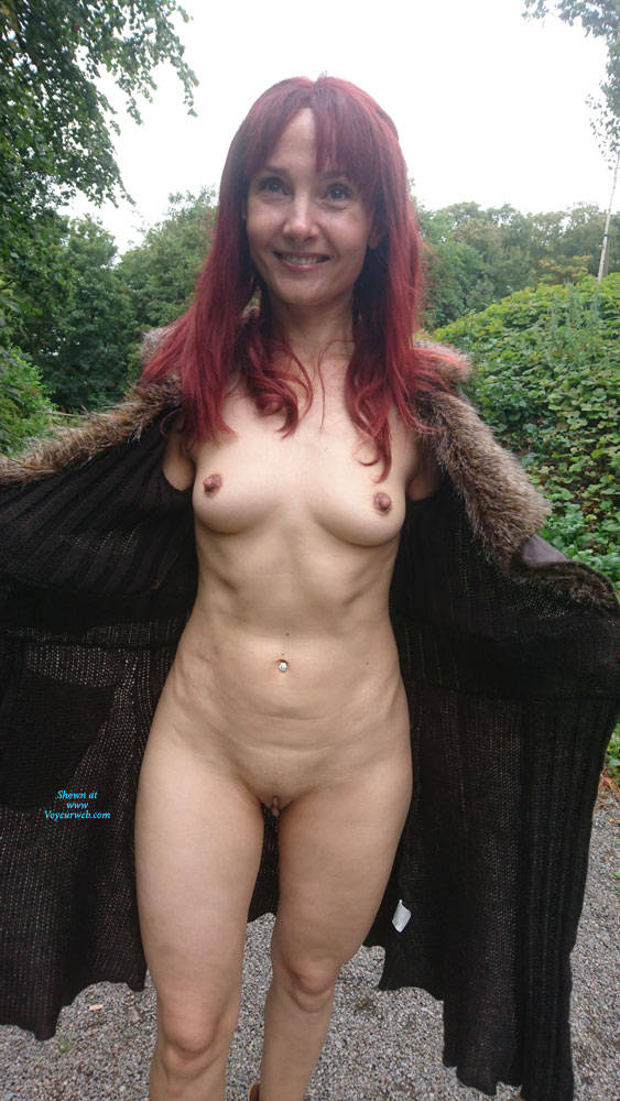 Pic #6 Happy Park - Public Exhibitionist, Flashing, Outdoors, Public Place, Redhead, Shaved, Amateur