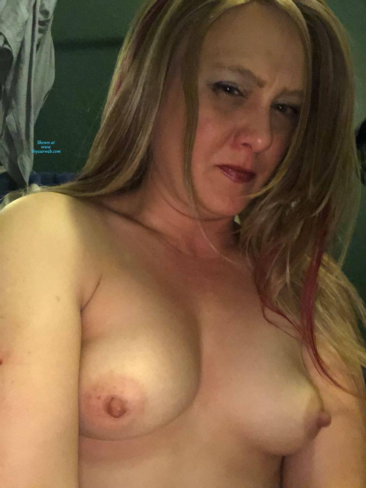 Pic #4 Topless - Topless Girls, Amateur, Big Nipples