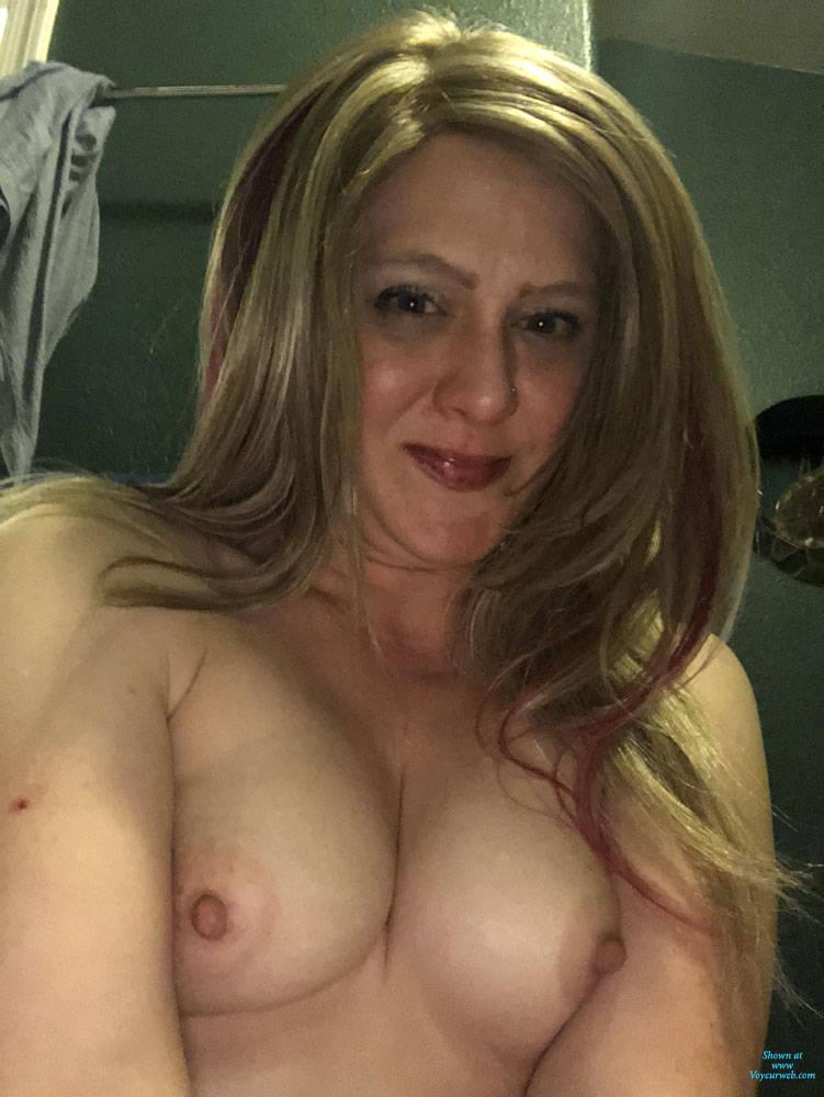 Pic #3 Topless - Topless Girls, Amateur, Big Nipples