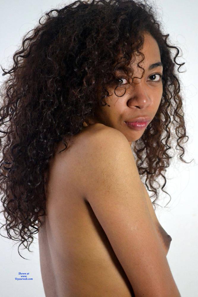 Pic #1 Enjoy My Body! - Nude Girls, Brunette, Shaved, Amateur