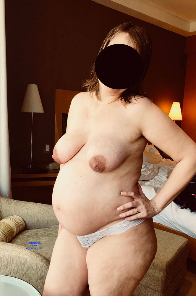 Pic #1 8 Months Pregnant Wife - Nude Wives, Big Tits, Amateur