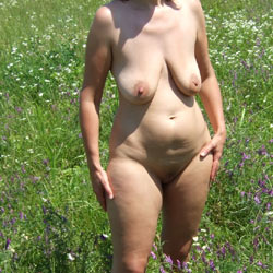 Shine Breast - Nude Wives, Big Tits, Outdoors, Shaved, Amateur, Mature