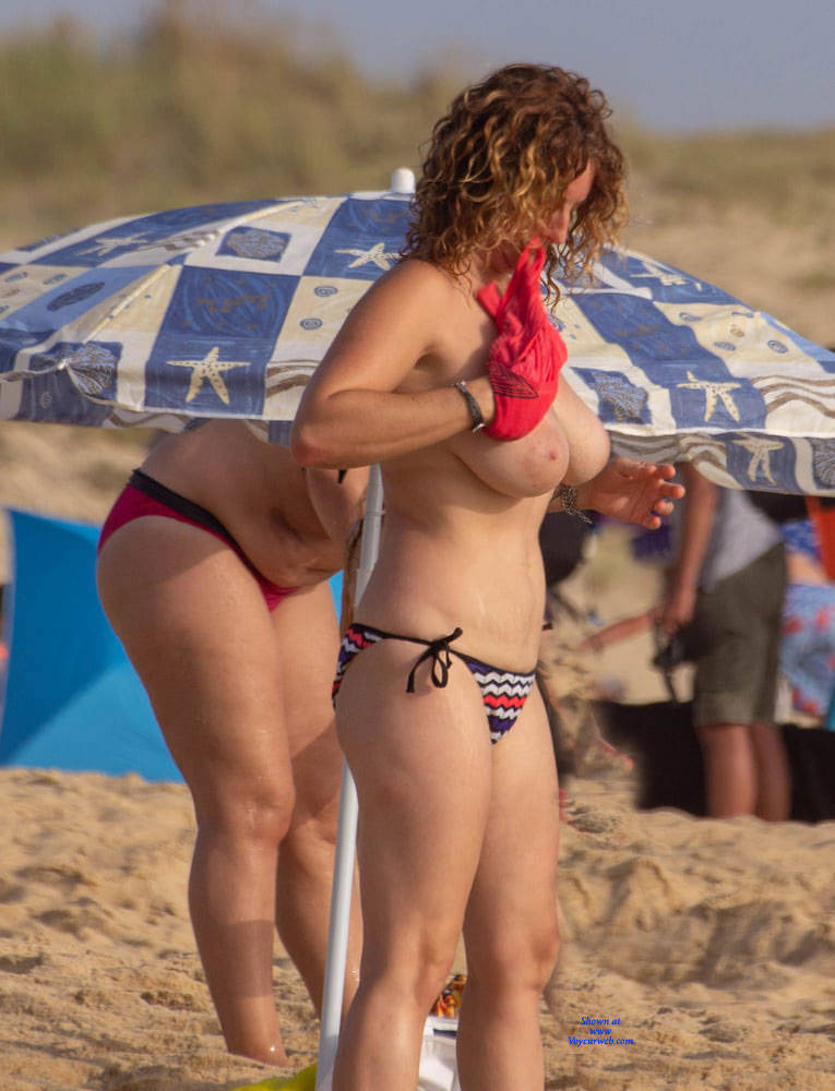Beach Boobs